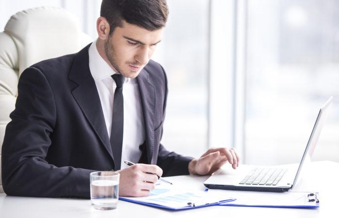 Quelles formations pour mieux réussir dans les métiers de la banque ?